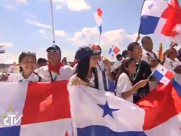 Jovens do Panamá fazem festa com o anúncio do Papa / Foto: Reprodução CTV