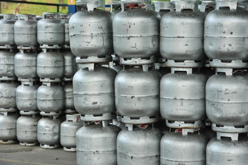 Governo de Pernambuco decide baixar valor do gás de cozinha