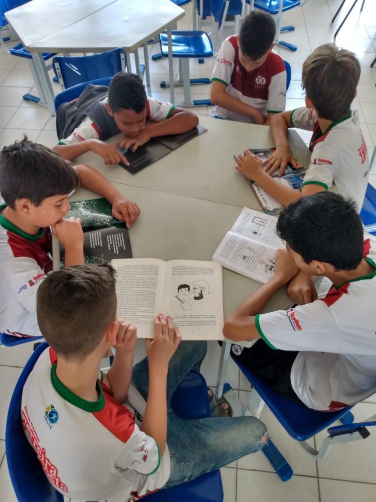 Ferreira Costa apoia Concurso de poesia lançado pelo IBBEC