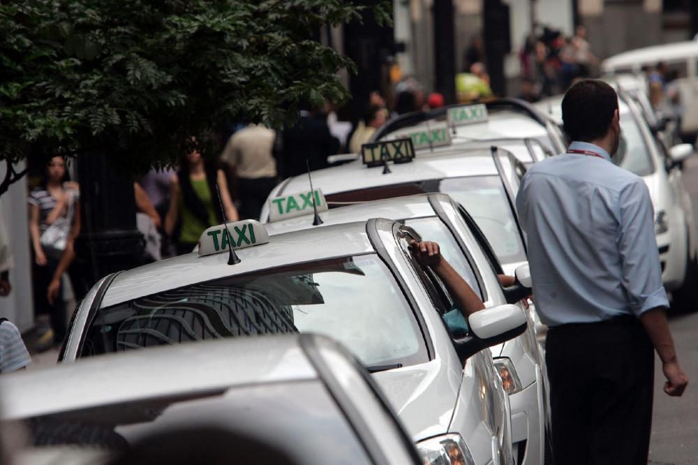 COVID-19: Secretaria Municipal de Saúde realiza neste sábado (27) uma Ação de testagem em massa para taxistas de Garanhuns