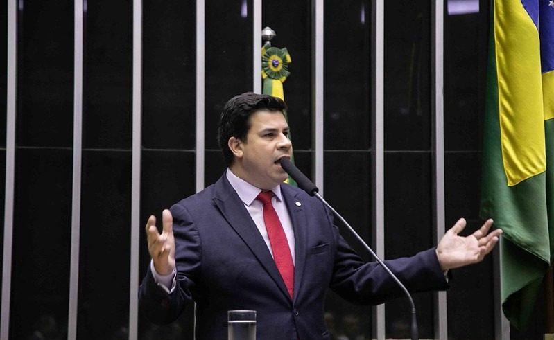 Deputado Carlos Veras (PT) destina R$ 2.8 milhões a municípios do interior para o combate à pandemia