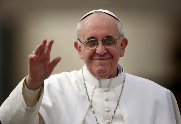 Papa pede a Trump que não se esqueça dos pobres, marginalizados e necessitados