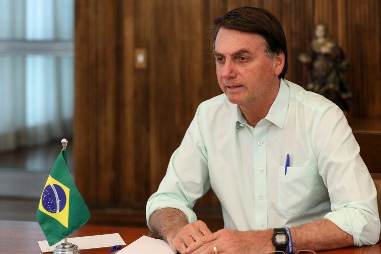 Bolsonaro sanciona lei sobre validade indeterminada de receitas médicas