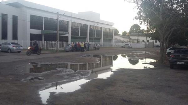"""""""PRACINHA DOS TRÊS PODERES"""", ESQUECIDA EMBAIXO DOS NARIZES DAS AUTORIDADES"""
