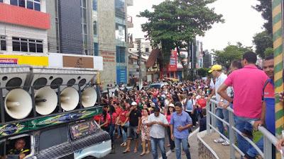 DISCURSOU DURANTE PROTESTO NO CENTRO DE GARANHUNS: