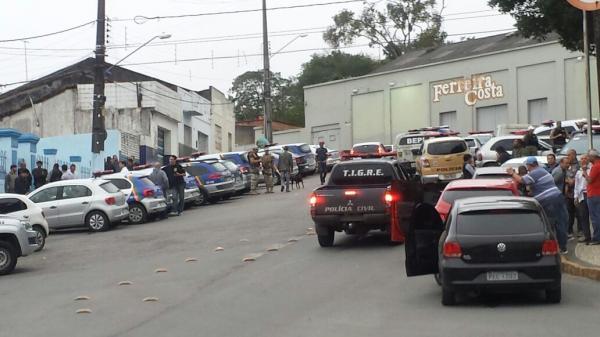 BOMBA EM GARANHUNS / OPERAÇÃO SEM FRONTEIRAS
