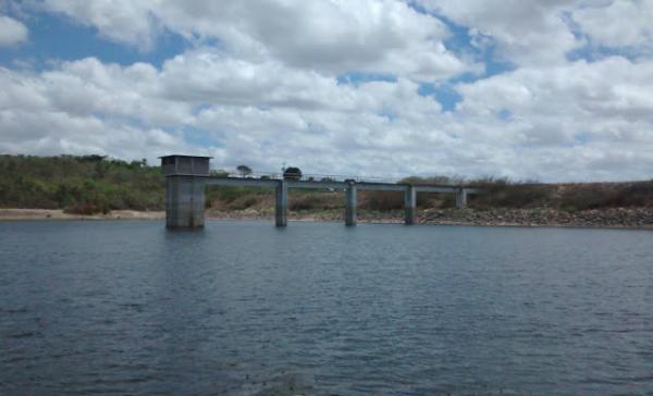 Chuvas provocam danos em equipamento da Compesa e abastecimento d'água em Garanhuns é interrompido