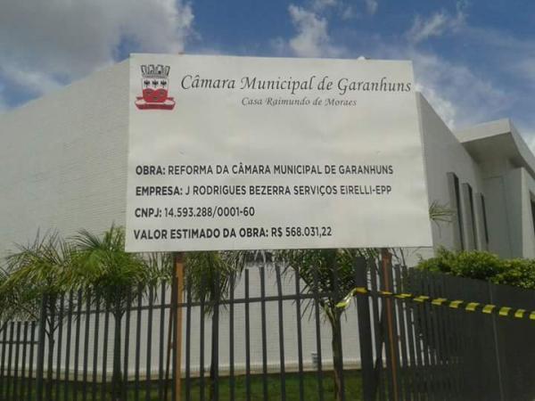 INFILTRAÇÕES: Câmara de Vereadores de Garanhuns apresenta problemas após reforma