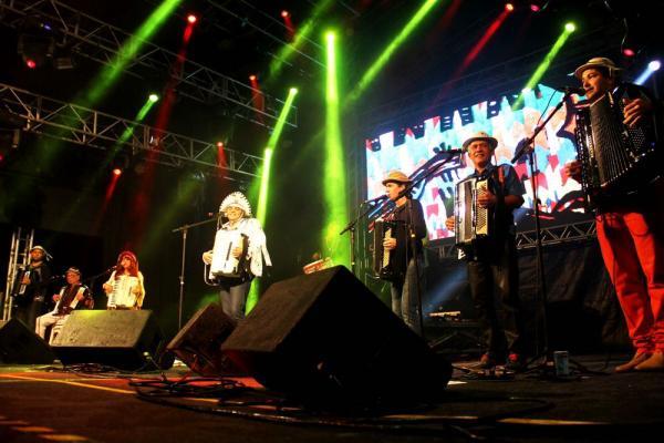 Sétima noite na Praça Mestre Dominguinhos conta com grandes nomes da música nordestina