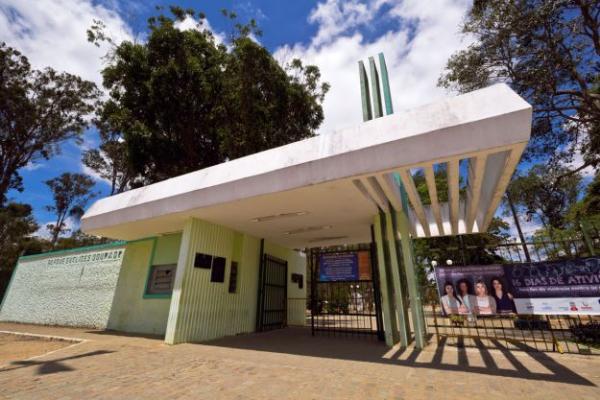 Decreto municipal proíbe venda e consumo de bebida alcoólica dentro de parques, praças e nos pontos turísticos de Garanhuns
