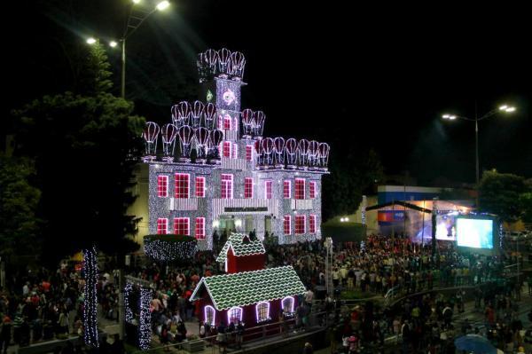 A Magia do Natal de Garanhuns é aberta oficialmente